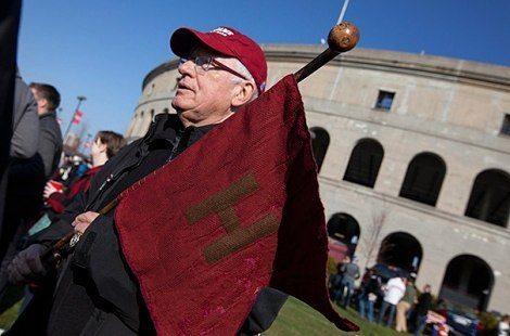 Harvard Crimson red flag