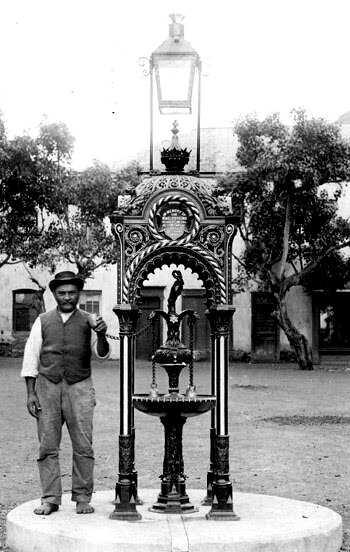 jamestown memorial fountain 1890, St Helena Island