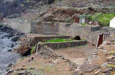 Lemon Valley Fortifications, St Helena Island