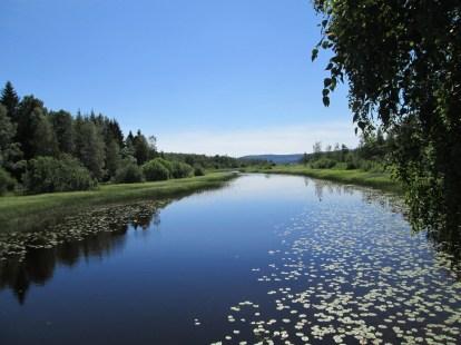 Sundet mellan Mossbergssjön och Busjön