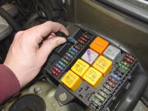 Bmw E30e36 Electical Problem Troubleshooting | 3Series (1983 for 1995 Bmw 318I Fuse Box