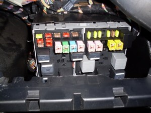 Ford Fiesta 2006 Fuse Box Location | Fuse Box And Wiring Diagram