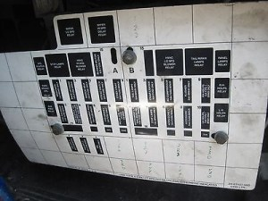 Freightliner Fl112 Fuse Box Diagram   Fuse Box And Wiring