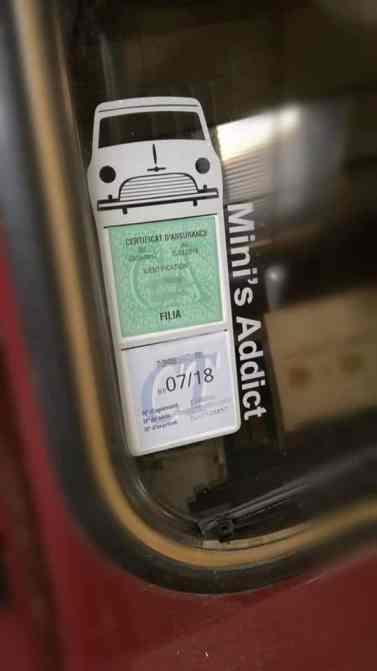 Mega stickers étui assurance Austin Mini 1000 blanc