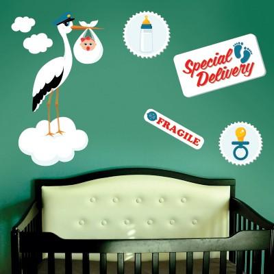 Gli stickers murali per bambini danno alla camera della tua bimbina un decoro unico. Idee Per Decorare La Cameretta Dei Neonati Stickers Murali