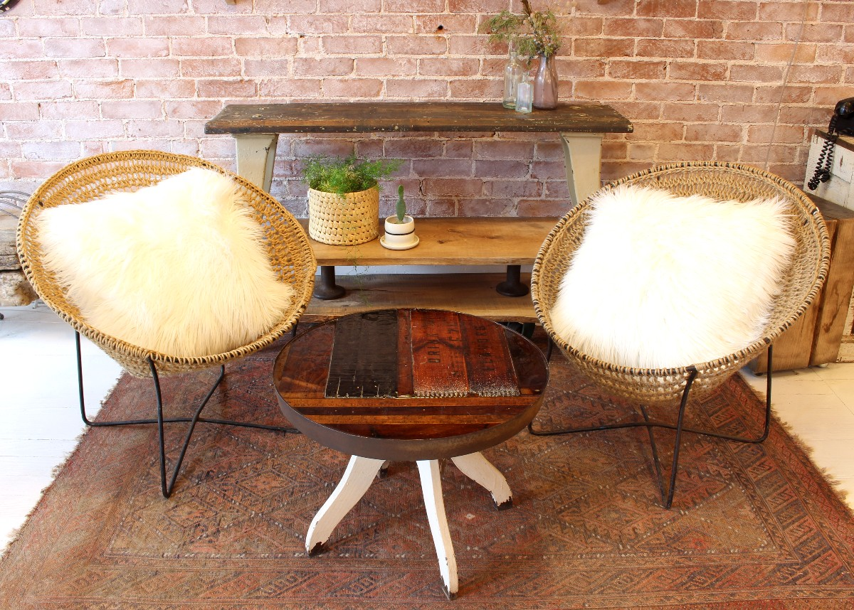 Charmant Crocheted Jute Circle Chairs