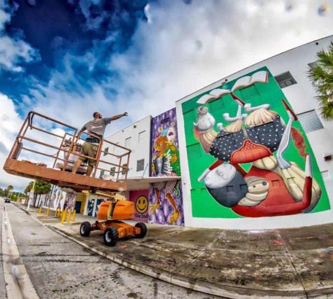 ZED1 paints Jose de Diego Middle School