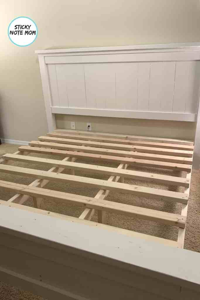 headboard footboard connected with slats waiting for the mattress