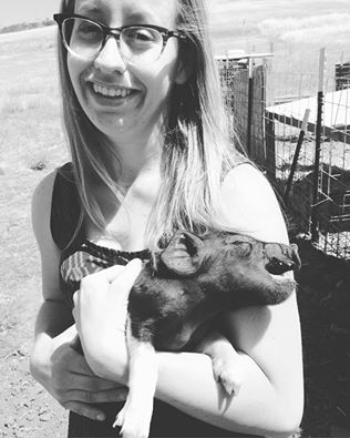 Brittney with pig