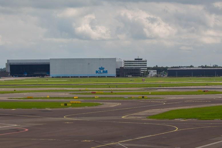 GINOPRESSBVStock_Schiphol_Airport_KLM_hangar_1
