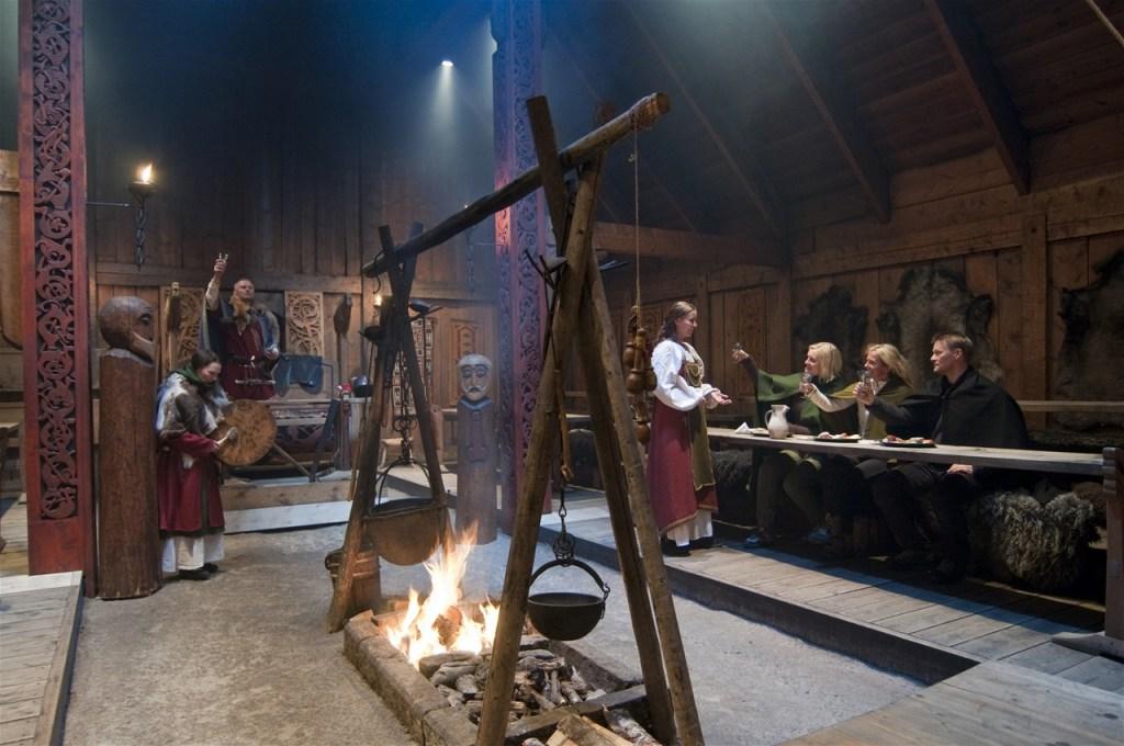 Gildehall viking måltid Lofoten