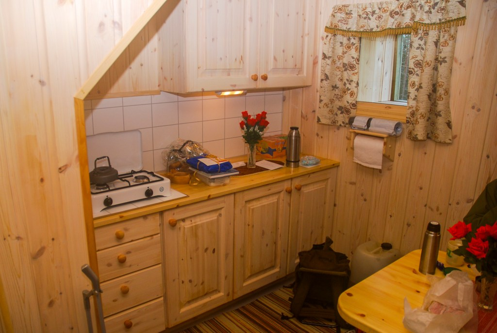 Kjøkken i furu Haukenestårnet Østfold
