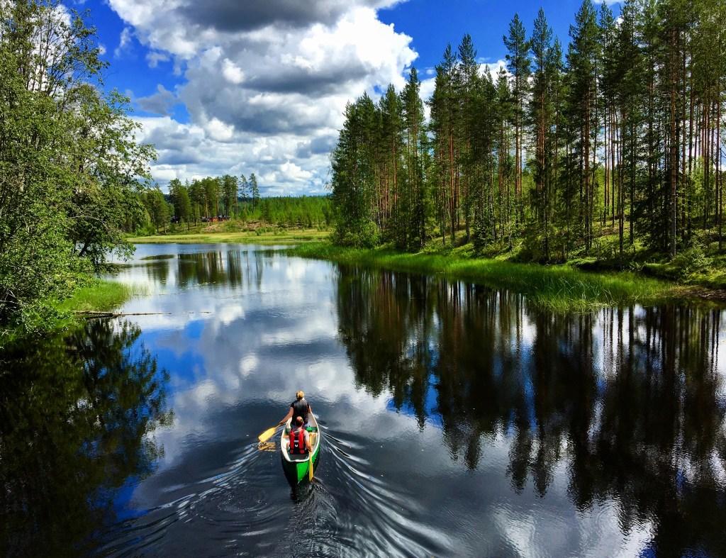 Padle kynna Finnskogen stille vann