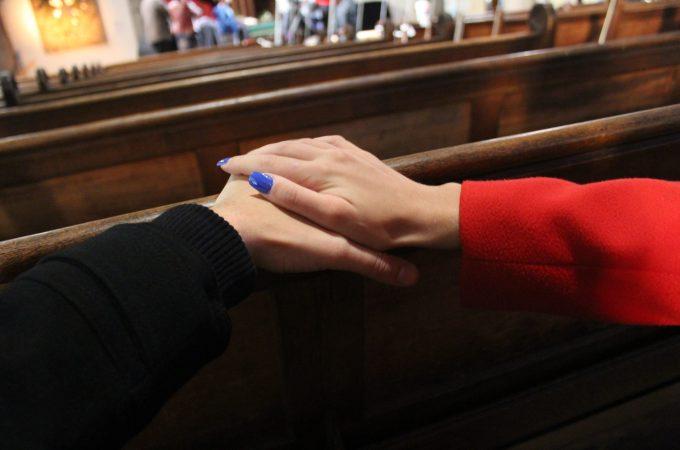 BURAN VIKEND U FRANCUSKOJ I PETAK 13. U AVIONU