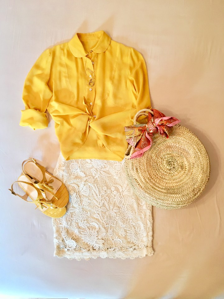 Die Farbe gelb im Sommer - Seidenbluse zu Spitzenrock