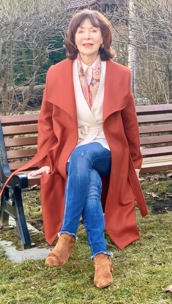 Wickelmantel lässig mit Jeans
