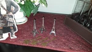 gathering, Lallybroch, Outlander, Eiffel Tower, Paris