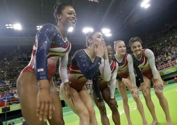 us-women-gymnasts-golden-again-serena-williams-loses-080916