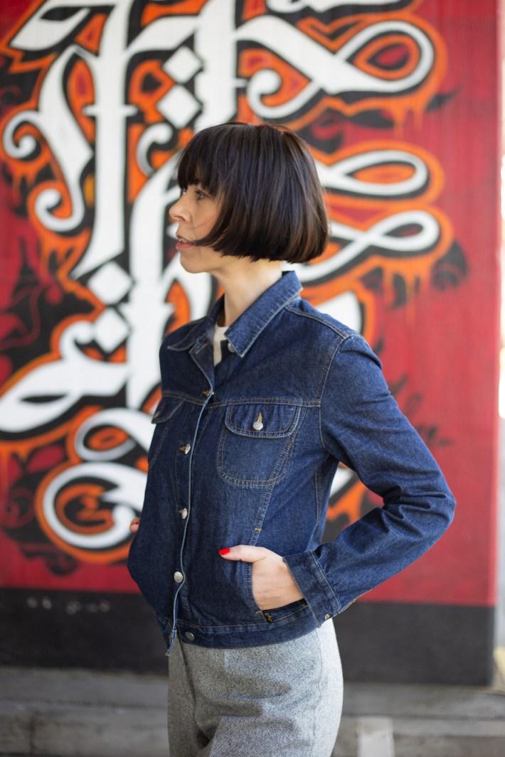 Trend Jeansjacke im dunklen Denim