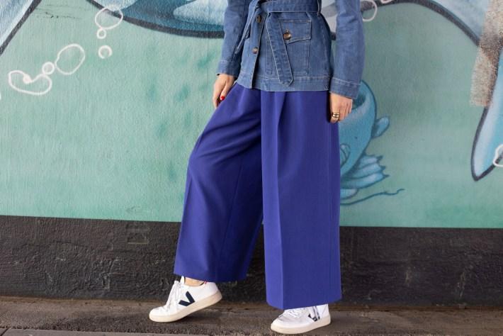 Die perfekte Hose zur Jeansjacke
