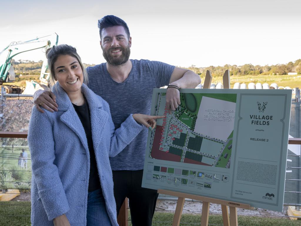 """Huizenkopers gedwongen om tot het uiterste te gaan om land in het zuidwesten van Sydney te krijgen, aangezien het rapport """"tekort"""" aan het licht brengt"""