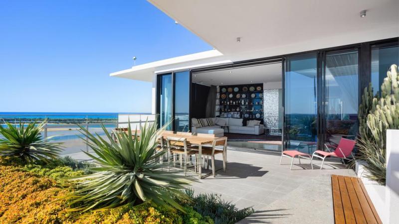 Soheil Abedian van Sunland Group somt Lumiere-penthouse op voor $ 4,9 miljoen