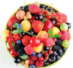 Şekerli meyveleri de kararında tüketmek gerekiyor.