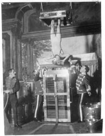 Fotografía del espectáculo de la urna sumergida