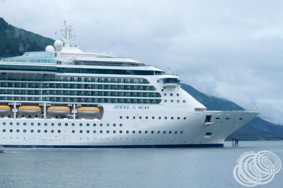 Does Royal Caribbean charge twice and then release one transaction?