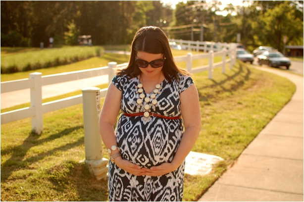 maternity style: navy and white ikat maxi dress, white bubble necklace, red toms
