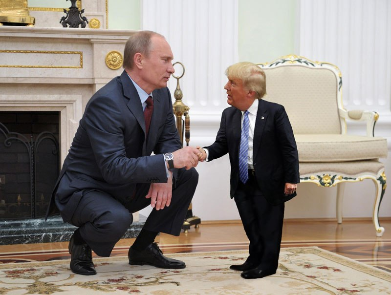 'Tiny Trump' Photoshop Battle is Saving The World Right Now - 13 Pics