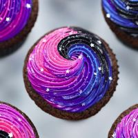 How To Make Amazing Galaxy Cupcakes
