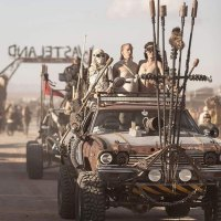 30 Apocalyptic Photos From The 'Wasteland Weekend' And Costumes Are Mandatory