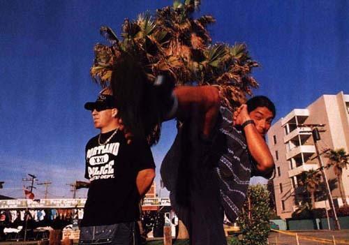 Muir e Trujillo, parceiros também com o Infectious Grooves