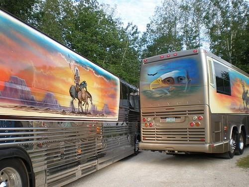 Legalize Willie Nelsons Tour Buses Scott Morgan Www