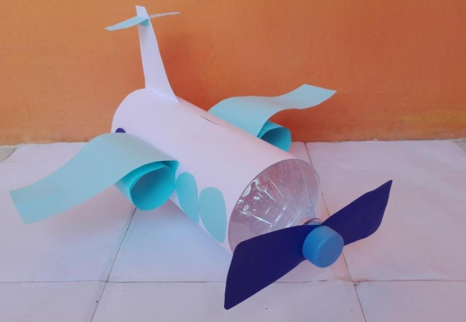 Crafts for Boys: Aircraft piggy bank