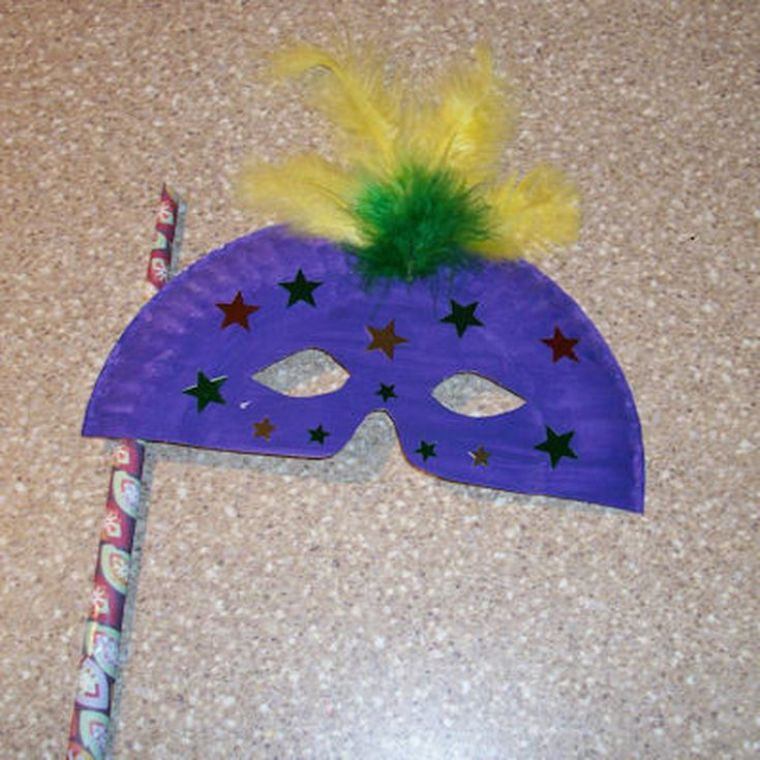 Craft Paper Plate Mask