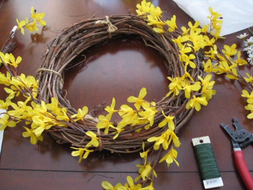 Spring Crafts Forsythia