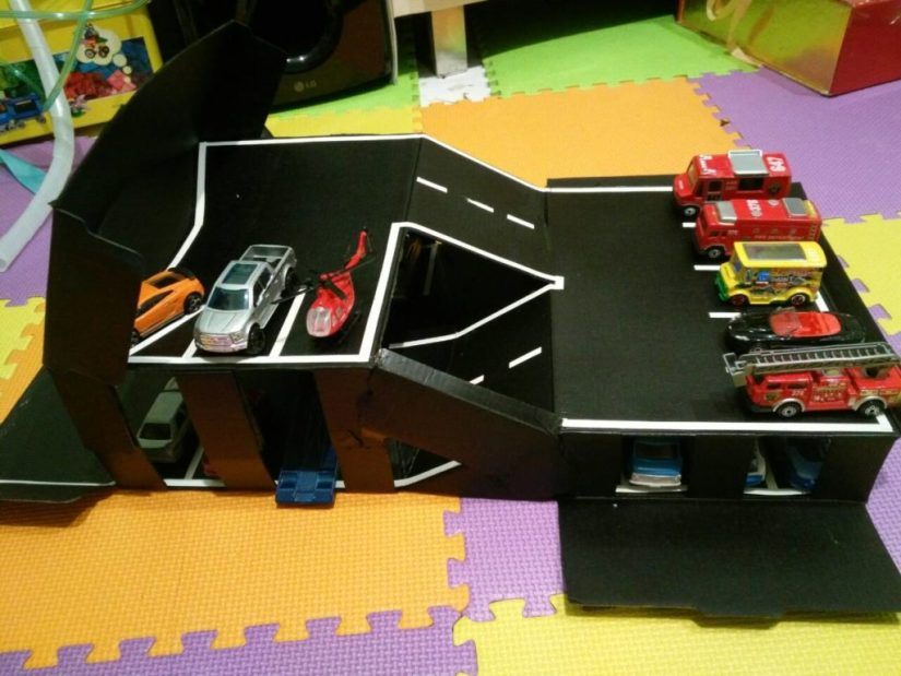 Craft Box Car Garage