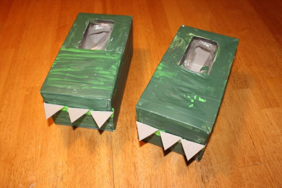Craft Box Dinosaur Feet