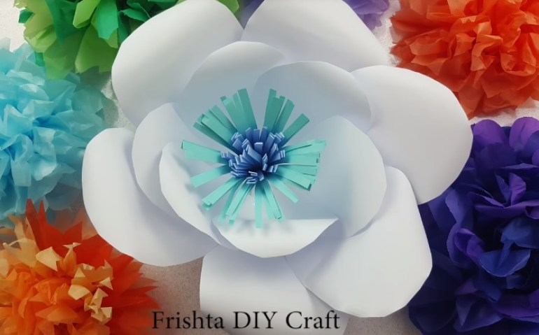 How to Make Giant Paper Flowers Finish