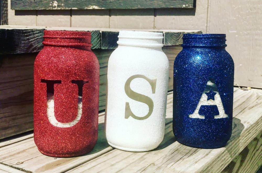 Holiday Craft Mason Jar Trio