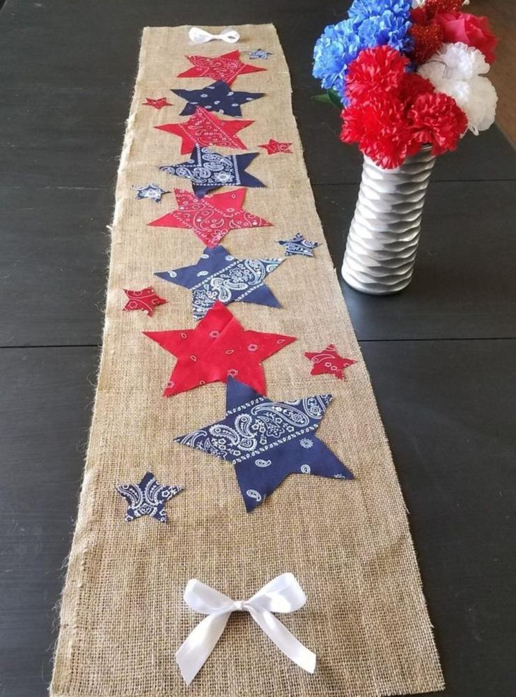 Holiday Craft Table Runner