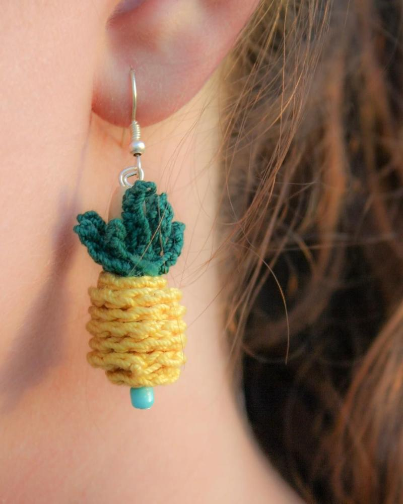 Yarn Crafts Crochet Pendant