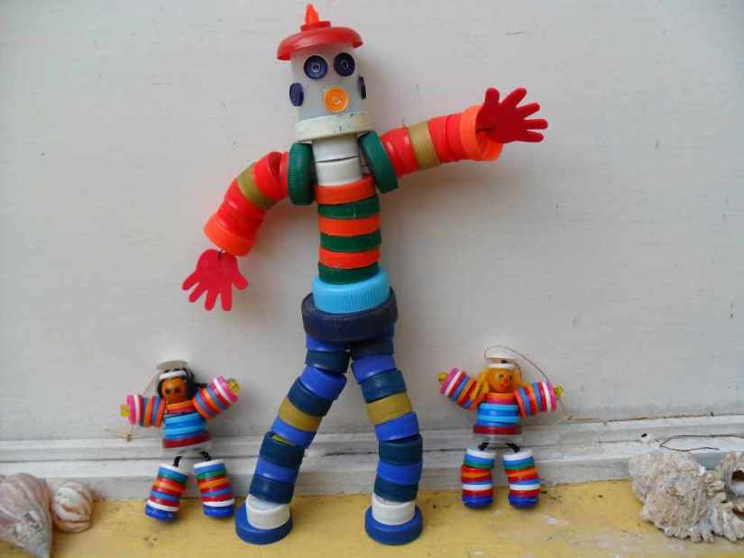 Crafts for Bottles Cap Puppets