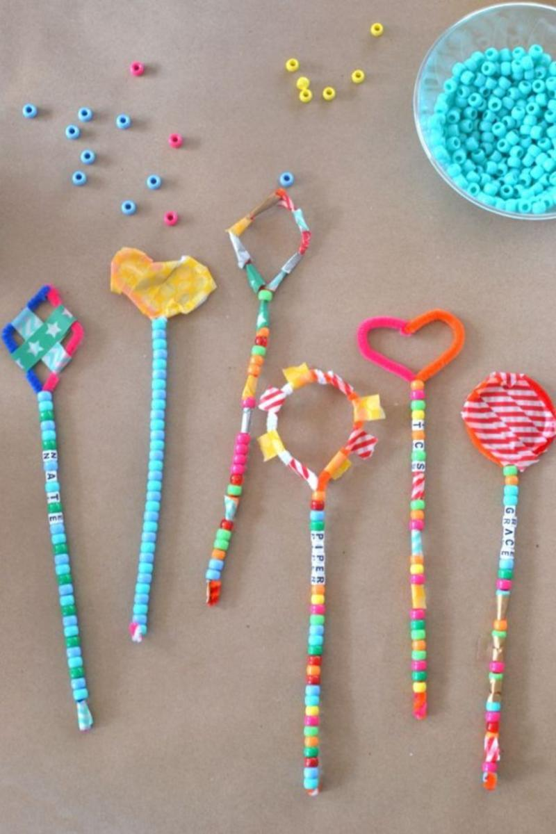 crafts made with pipe cleaners