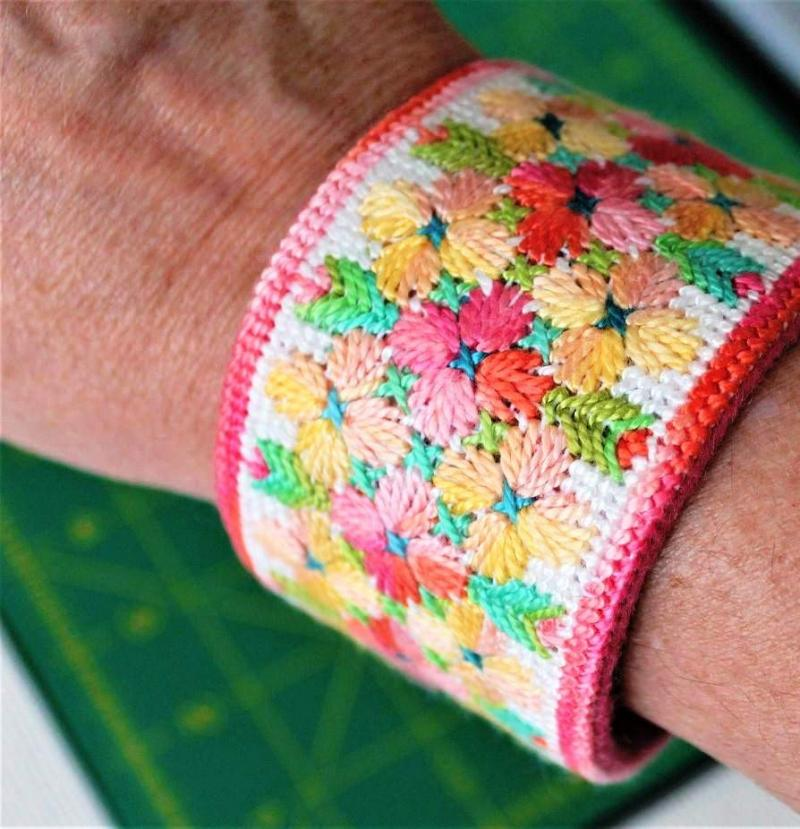 Needlepoint Craft Supplies and Projects For Beginners