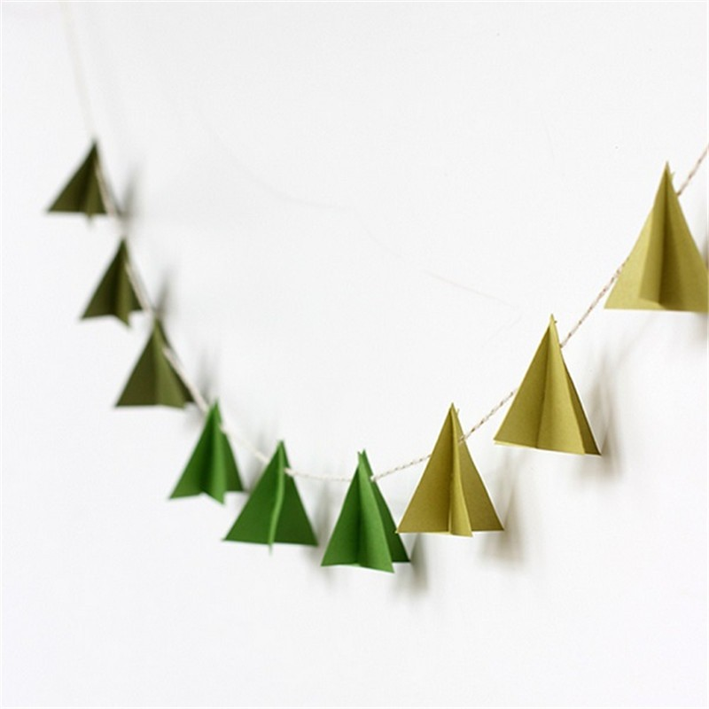 paper garland backdrop diy