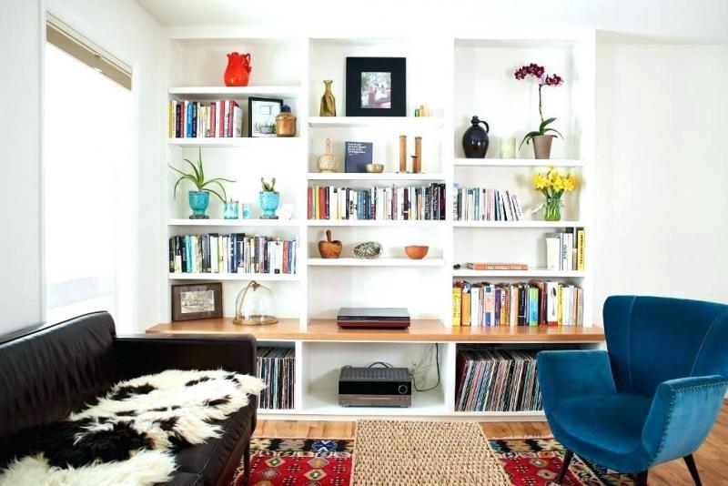 simple diy built in bookshelves