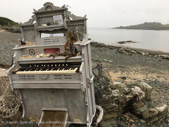 organ on beach